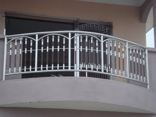 Malaysia 1st stainless steel design wooden effect balcony for Balcony steel grill design