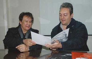 """""""Reconocimiento a la Trayectoria"""" de Víctor Heredia"""
