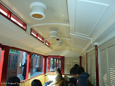 Hong Kong Disneyland Railroad Photo 12