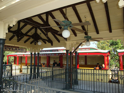 Hong Kong Disneyland Railroad Photo 2
