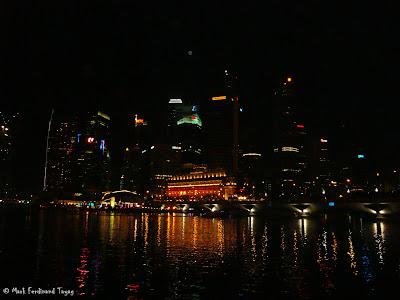 Esplanade Singapore During Christmas 3