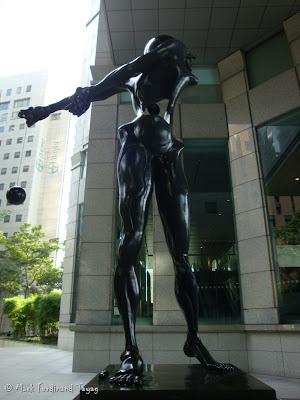 Salvador Dali Statue in Singapore Photo 3