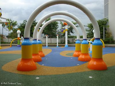 Sembawang Shopping Centre Park Photo 2