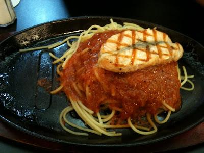 Spagetti Too Spaghetti and Salmon