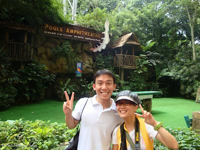 Jurong Bird Park - Birds n Buddies Show Photo 13