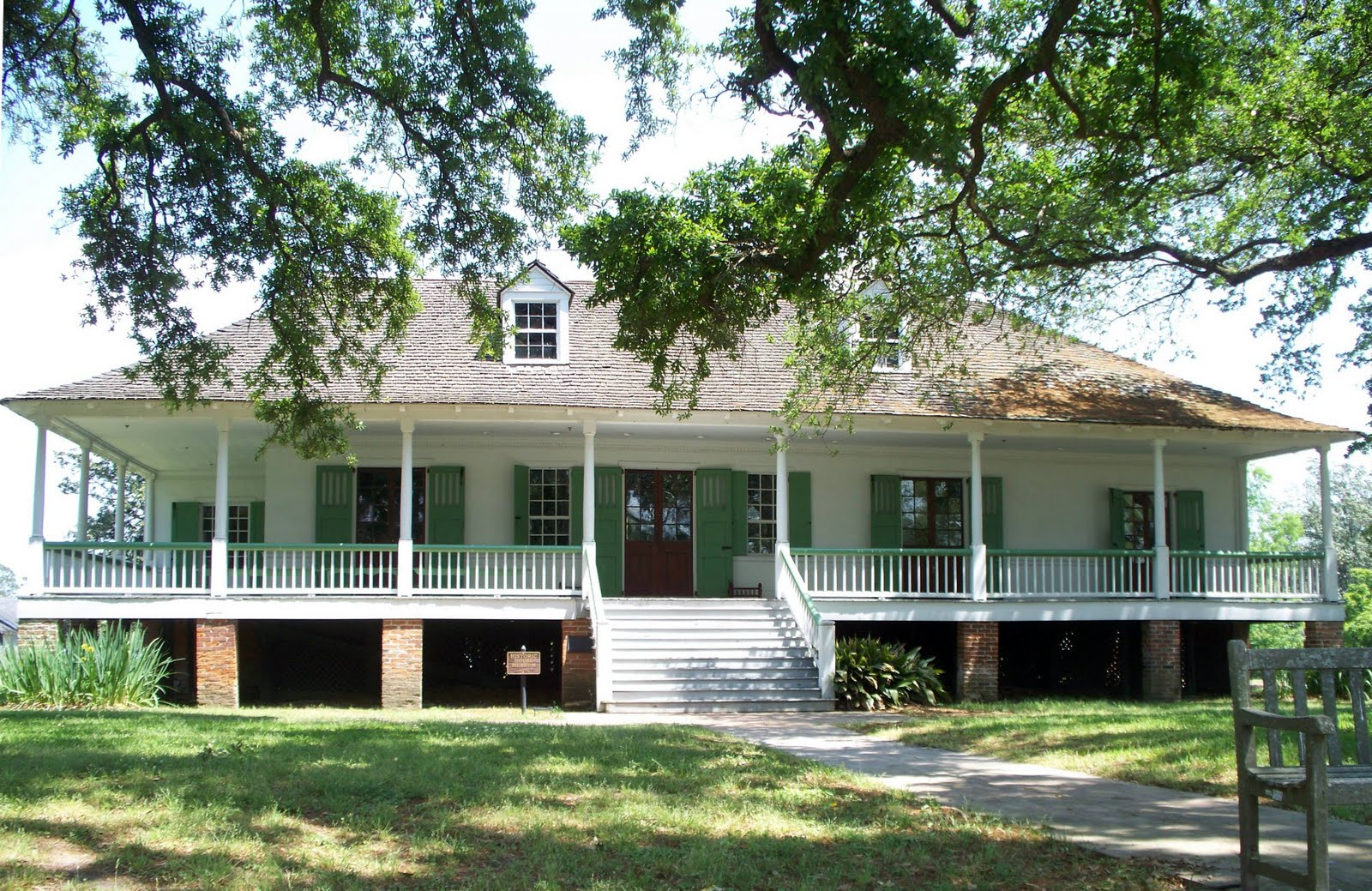 Historical baton rouge magnolia mound plantation for Home plans louisiana