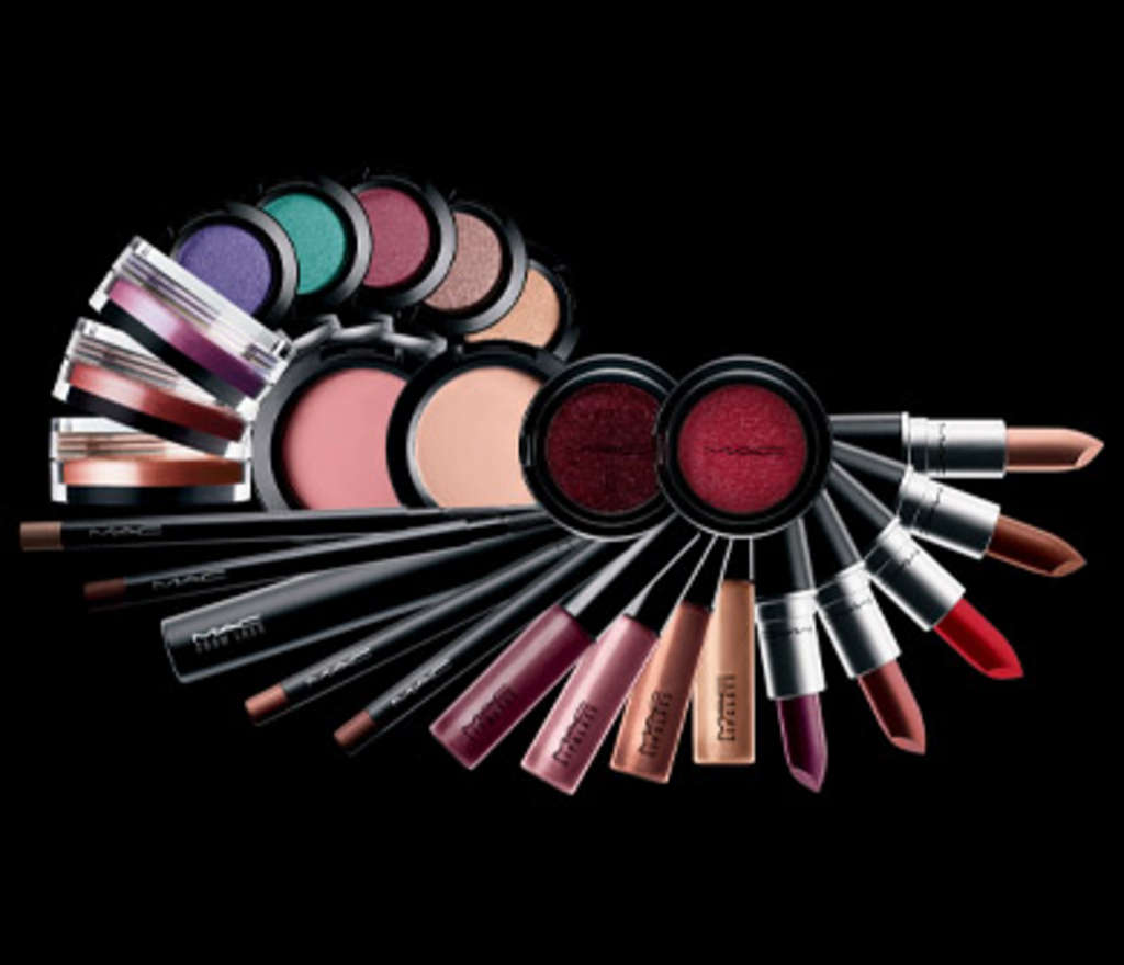 http://2.bp.blogspot.com/_y_0Bqr-FMk8/TSCODnoOyuI/AAAAAAAAACw/uZ4BIrvZKtc/s1600/mac-pro-cosmetics.jpg