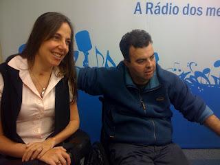 Mara e Fabiano no estúdio da Eldorado