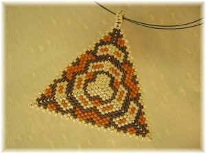 Peyote-háromszög / trojuholník peyote