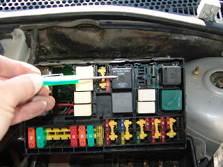 161017075819 besides 2003 Ford Focus Runs Hot Cooling Fans furthermore Mini Cooper Fuse Box Layout in addition 2002 Ford Focus besides  on ford focus zx5 fuse box