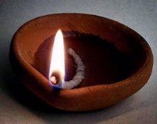 Cosas de la india la lampara de aceite en la india - Lamparas de la india ...