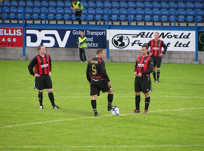 Crusaders wait for Kick off