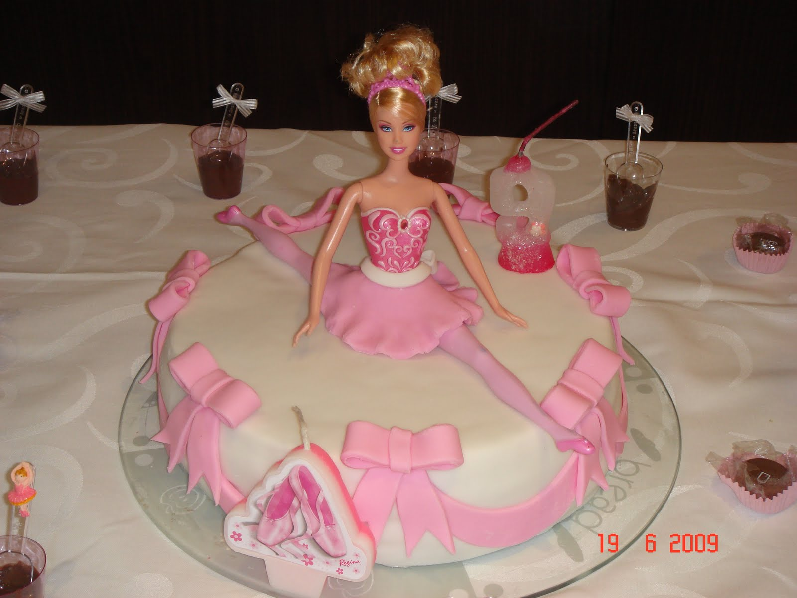 Karina Kruschewsky Cake Design