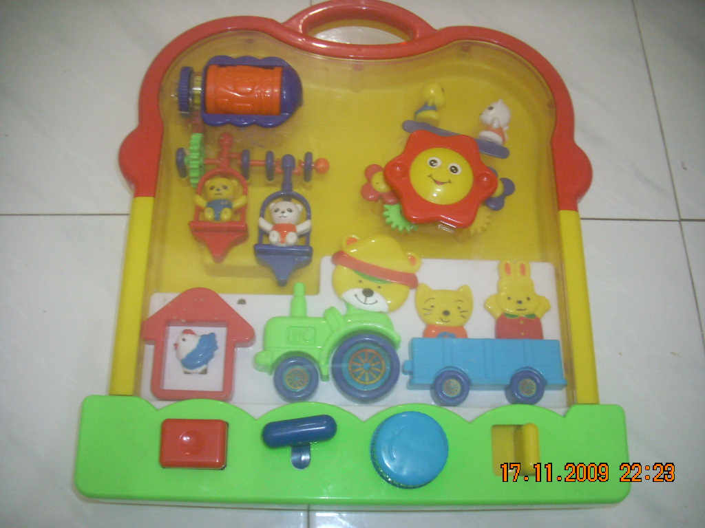 Crib Toys Learning : Toys toddlers crib