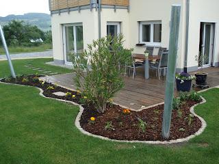 Bauen mit den brachats letzte arbeiten am blumenbeet - Kleinen vorgarten gestalten ...
