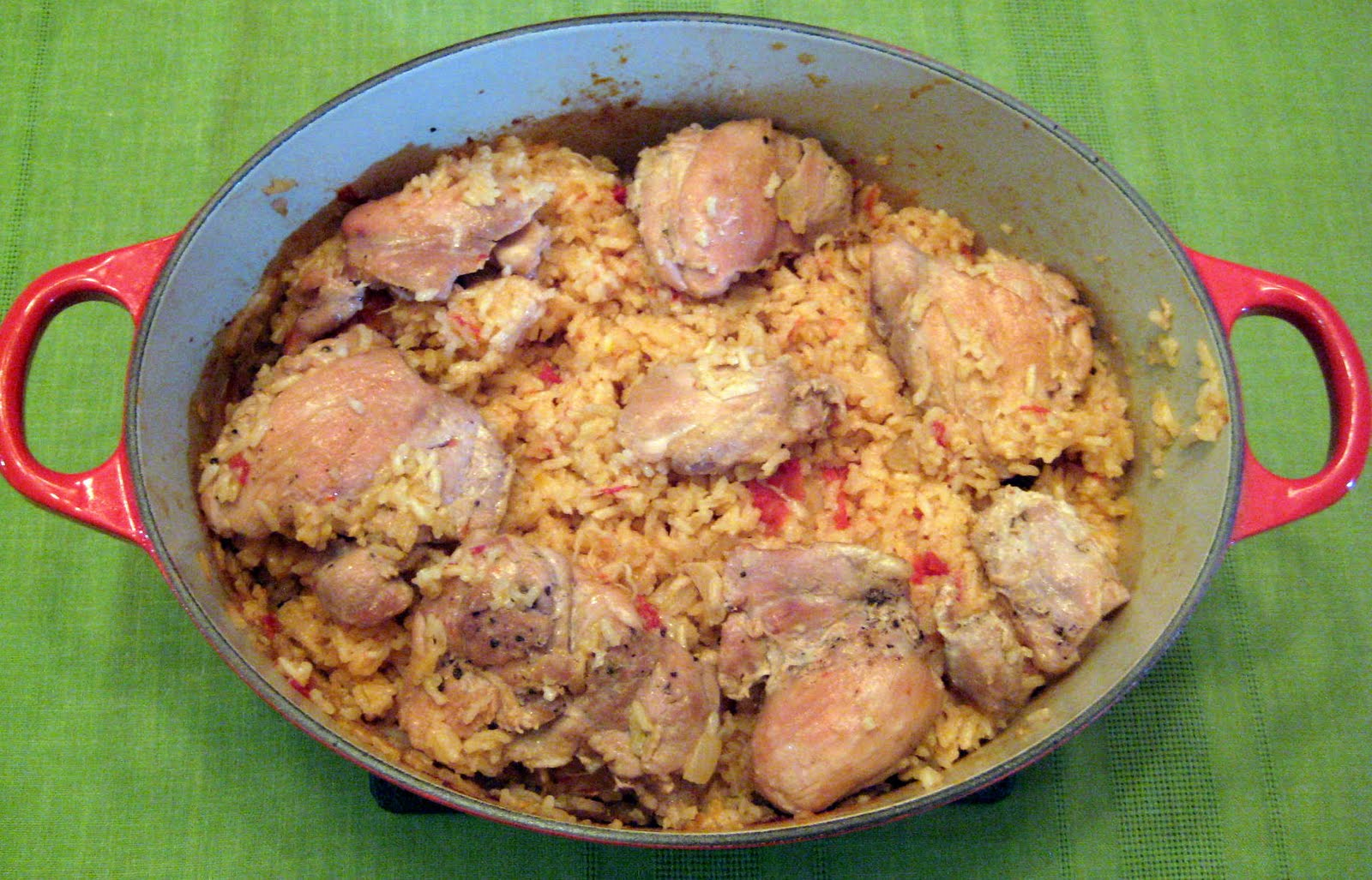 Strawberry and Lemons: Arroz Con Pollo