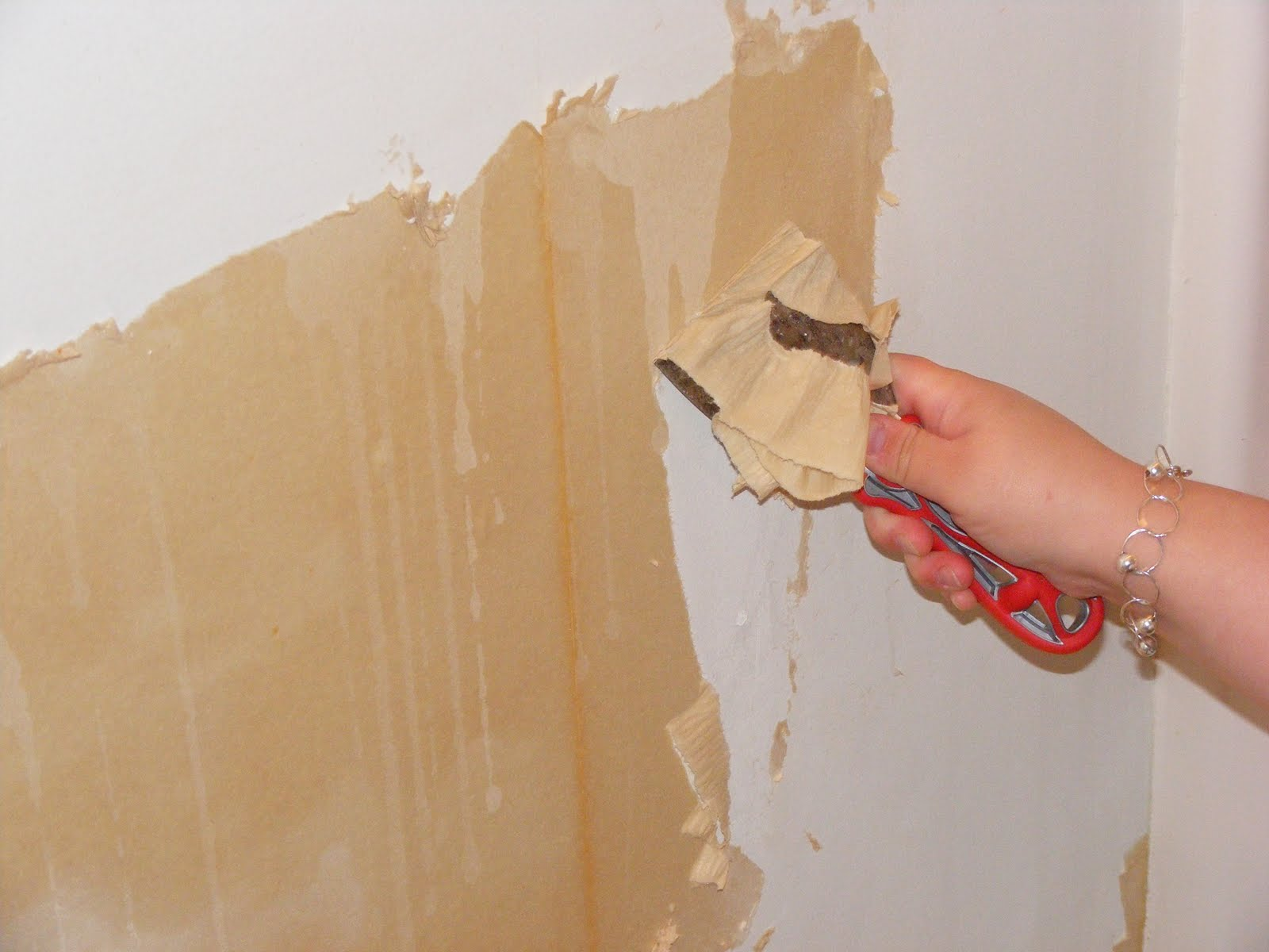 easiest way to remove wallpaper backing