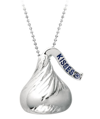 Silver Kiss Jewelry Pendant