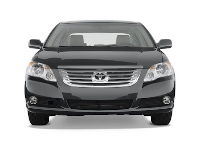2010 Toyota Avalon Limited Edition Front View