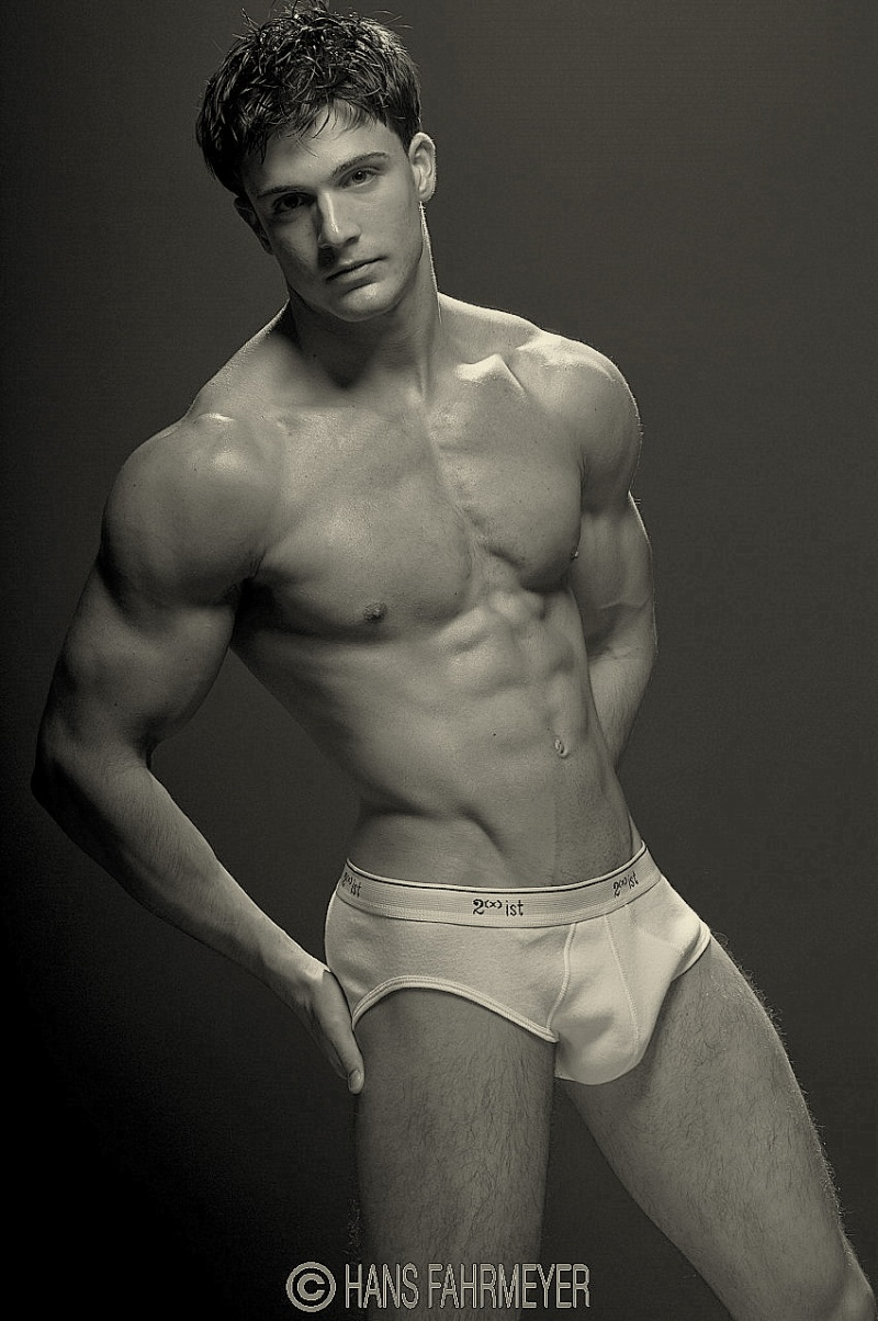 Sunday 22 Philip Fusco