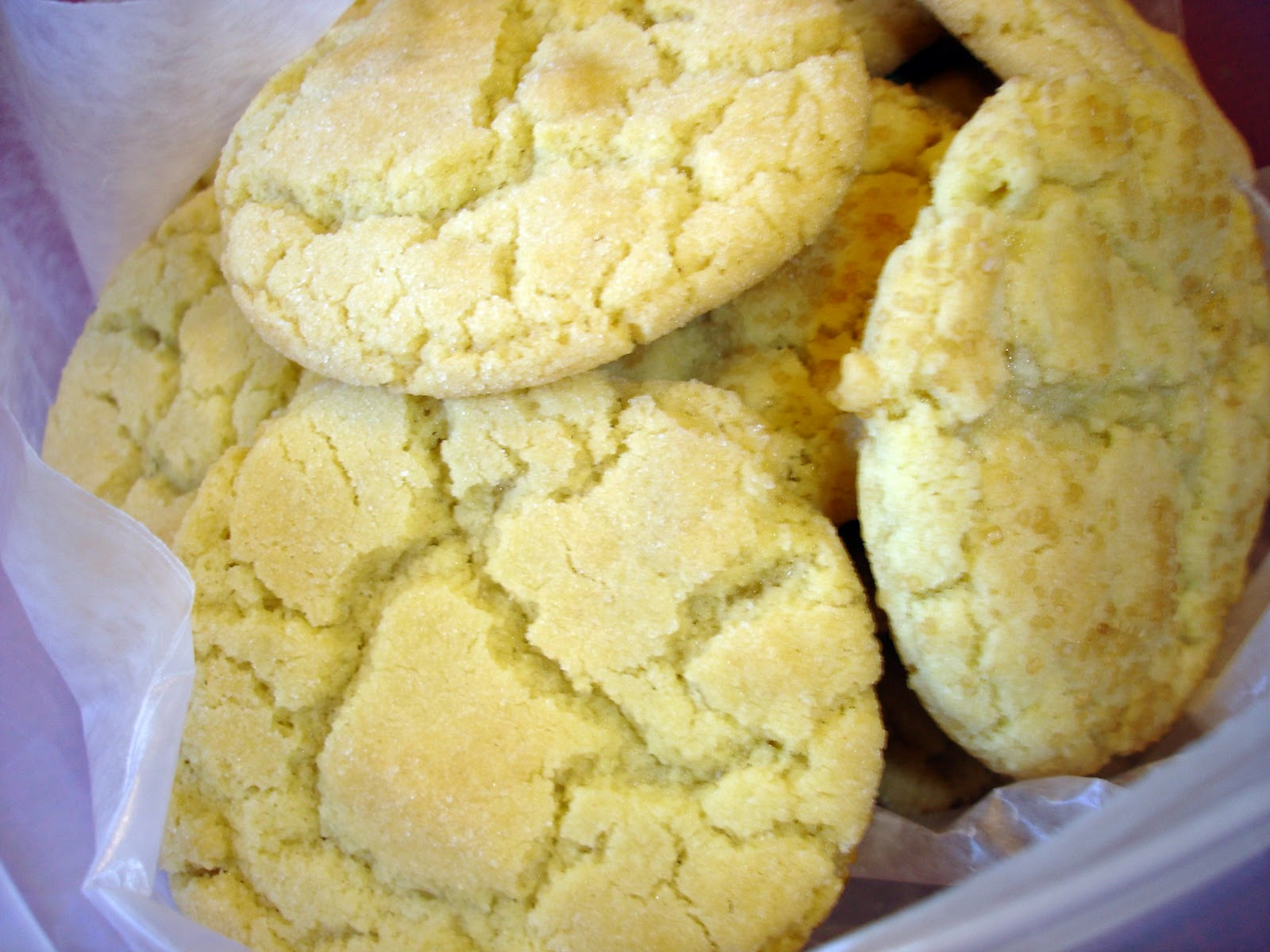 Mom's Cooking Club: Cracked Sugar Cookies........12 Weeks ...