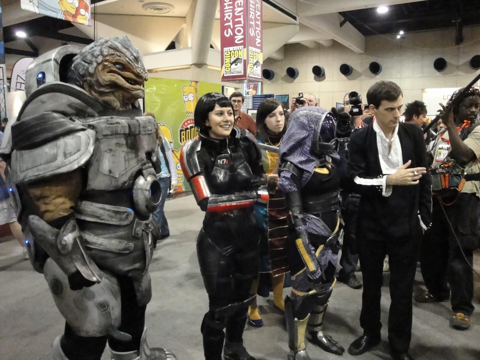 Parodia De Mass Effect 2 En La Comic Con
