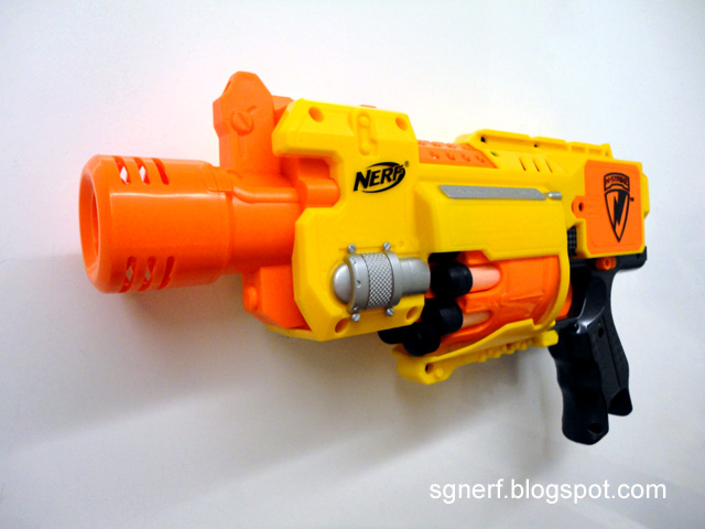 Nerf Barricade RV-10 - ContentsNerf Barricade With Stock