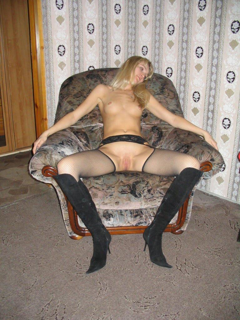 Туфлях в порнофото жены