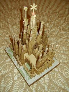 Maquetas en papel catedral de la sagrada familia - Estilo sagrada familia ...