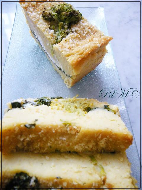 http://www.pecorelladimarzapane.com/2010/11/torta-di-patate-e-broccoletti-in.html