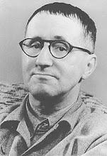 Bertolt Brecht (1898-1956) Dramaturgo y poeta alemán