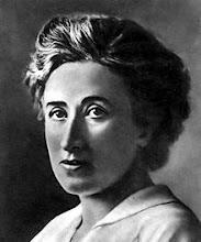 Rosa Luxemburg o Róża Luksemburg, más conocida por su nombre castellanizado Rosa Luxemburgo