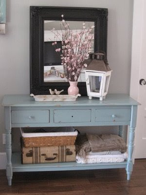 Decorating That Entry Table! - Creative Outpour