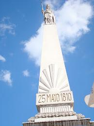25 de Mayo monument