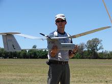 Preparando eL MANTIS UAV para vuelo tactico