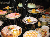Cakes and deserts