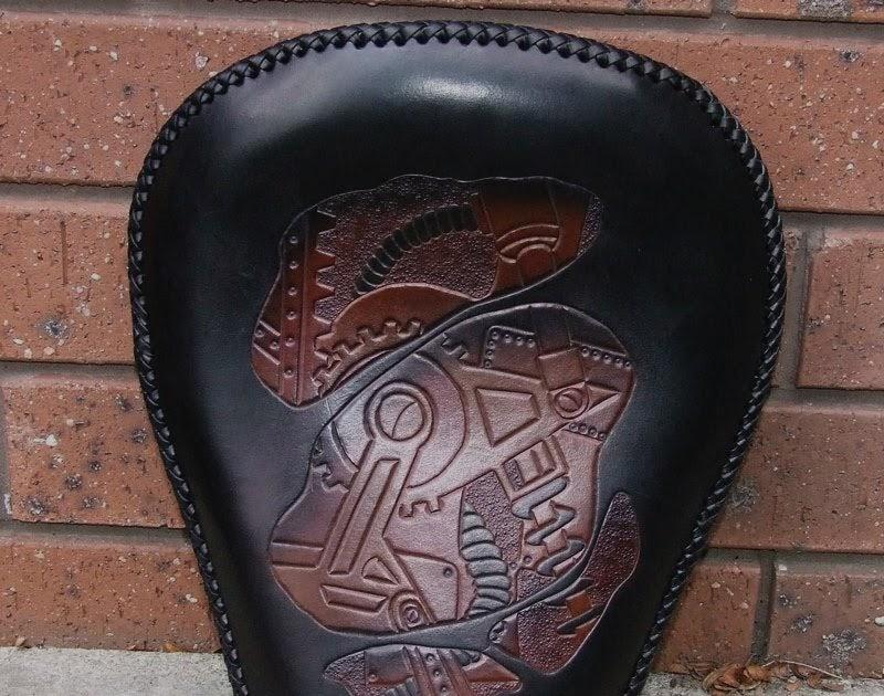 Leatheroo biomechanical solo seat