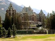 Banff Springs Hotel. (banff springs hotel )