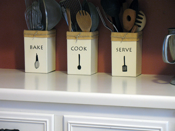 Make Your Own Kitchen Utensil Holders - Crafts by Amanda