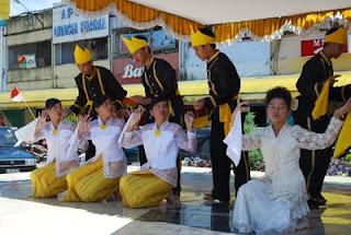 Maengket Dance