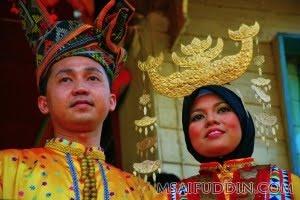 Adat Dan Budaya Etnik Di Malaysia