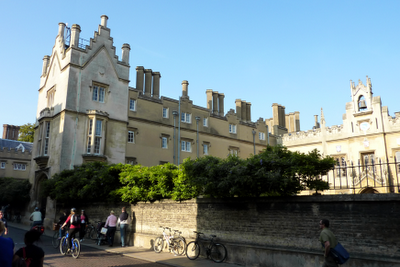 Sidney Sussex College, one of my favourites because of the greenery on the wall. That was pure wisteria a few months ago. Ooh look, bicycles. 