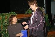 Isabelle félicitée par Mme Elisabeth Legrand, adjointe au sport