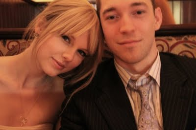 hayley williams and josh farro admit to dating