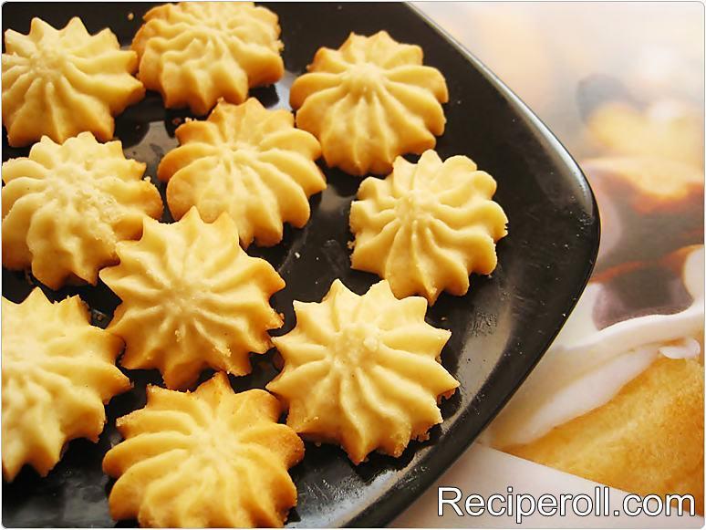 Melting Moments Cookies ~ Sankeerthanam (Reciperoll.com)|Recipes ...