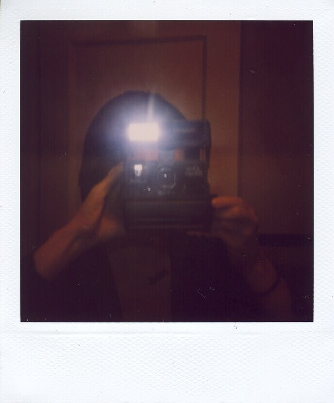 [polaroid+mirror]