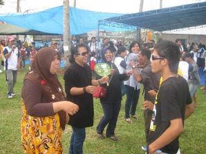 Artis Senior Alicia Djohar Meriahkan HUT ke 47 RSUD Tarakan - Borneo
