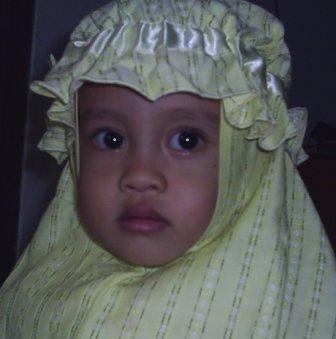 lintang+in+hijab.JPG