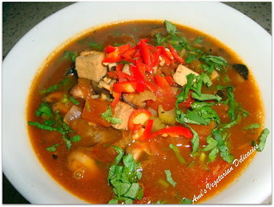 Ami's Vegetarian Delicacies: Tofu Soup with Mushrooms and Tomato