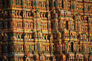 Madurai temple,Meenakshi Amman temple,Meenakshi Amman temple Towers,inner left view of towers,sculptures,high resolution images of meenakshi Amman temple